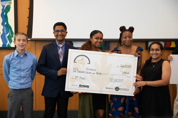 190628_TeenEntrepreneurPitchComp-5111